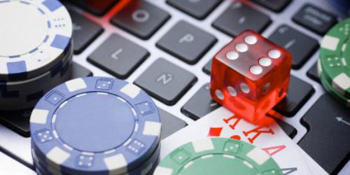 Ilmainen pokeri hämmentää ja kiinnostaa